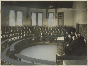 Students listening to lecture, Working Men's College c.1920-1930