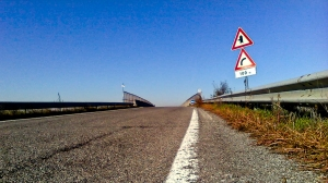 Road, blue sky, horizon
