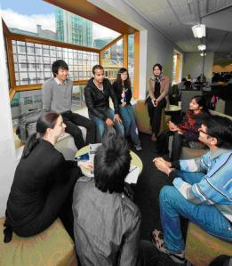 Students in discussion at RMIT.