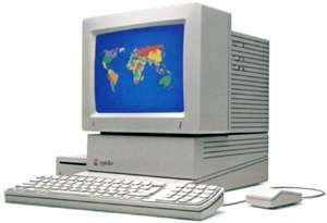 An image of the  Apple IIgs from http://www.old-computers.com/museum/computer.asp?c=71&st=1